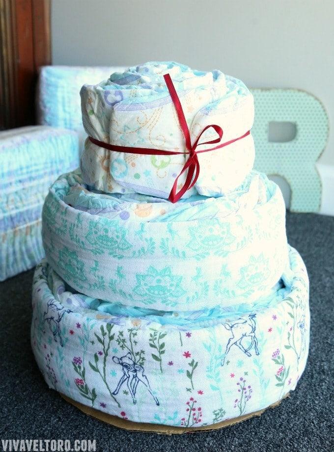 How To Make a Baby Shower Diaper Cake - Viva Veltoro