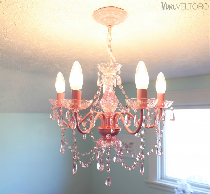 The Best Chandelier Lighting for a Child\'s Bedroom - Viva ...