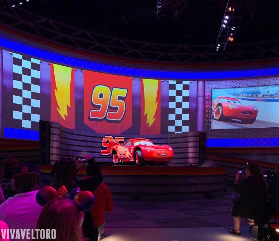 Visit The New Lightning Mcqueen Racing Academy At Hollywood Studios Viva Veltoro